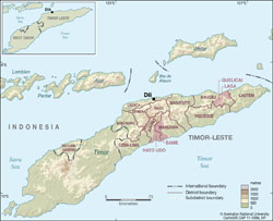 Large administrative map of East Timor with relief.