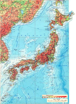 Large detailed physical map of Japan in russian.