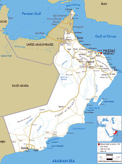 Large road map of Oman with cities and airports.