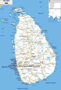 Large road map of Sri Lanka with cities and airports.